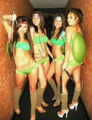 Halloween-Costume-Zone.com - The Demand for Sexier Halloween Costumes is Increasing Every Year